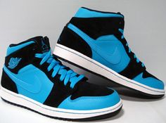 Jordan 1 - Powder Blue - Im a sucker for some blue Js