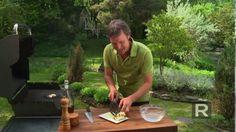 Les trucs de Ricardo : Cuire du fromage sur le barbecue