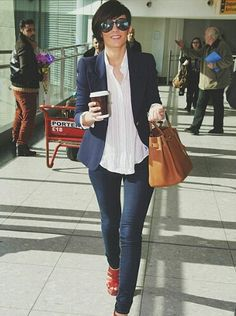 Yet again, simple but chic! Fall Winter Outfits, Spring Outfits, Frankie Sandford, Blazer Fashion, British Style, Casual Fall, Skinny, Her Style, Everyday Fashion