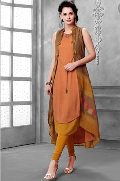 Cotton kurti in jacket style. Ethnic Fashion, African Fashion, Indian Fashion, Boho Fashion, Fashion Dresses, Pakistani Dresses, Indian Dresses, Indian Outfits, Salwar Designs