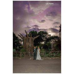 Purple sky #luispedrogramajophotography #wedinguatemala #wedding #weddingday #destinace #destinasyon #destination #destinationwedding #bridebook #destinazione #weddingphoto #weddingideas #weddings #weddingphotography #weddingphotographer #weddingdress #love #forever #antigua #picoftheday #photooftheday #weddingideas_brides #weddingawards #weddinginspiration #HuffPostIDo #bruiloft #marriage #matrimonio