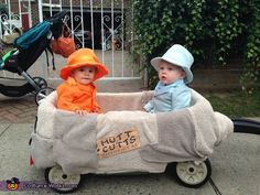 Creative DIY baby costume ideas: Dumb and Dumber babies