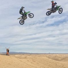 Snapped this shot of @MonsterEnergy riders Josh Hill and Axell Hodges casually jumping a sizable gap here at Glamis earlier today. It was a lot of fun watching these dudes jump big stuff. #rippers #justanotherdayinthedunes #doonies2 #braaap by kblock43