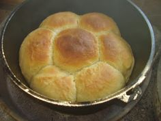 Dutch Oven Madness!: Day 211: Sheepherders Round bread