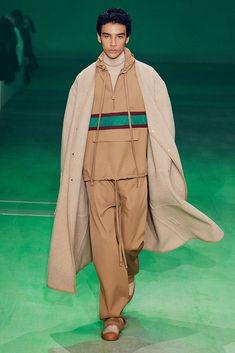 Lacoste Winter 2020 Mode Homme par André do Val Lacoste, La Mode Masculine, Raincoat, Winter, Jackets, Fashion, Winter Time, Men's, New Fashion