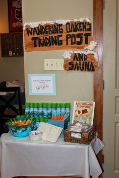 Oaken's Trading Post Favor area Essie's Frozen-tabulous Fifth Birthday Partaaay | Frozen Party Decorations | Frozen Party Ideas |