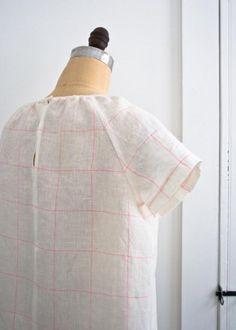 Sewn Raglan Shirt + Tunic in Linen Grid | The Purl Bee