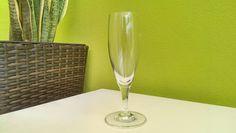 Sektgläser für Agape günstig ausleihen in Kärnten,bei www.help-org.at Flute, Champagne, Tableware, Organization, Event Management, Interior, Glass, Dinnerware, Flute Instrument