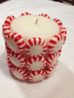 The best DIY projects & DIY ideas and tutorials: sewing, paper craft, DIY. Diy Candles Ideas Christmas Crafts to Sell Ideas Craft Ideas For Adults to Sell -Read Christmas Candle Decorations, Christmas Crafts For Kids, Simple Christmas, Christmas Projects, Crafts To Sell, Holiday Crafts, Christmas Holidays, Christmas Gifts, Christmas Candles