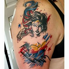 Best Wonder Woman tattoo I've seen - Comic Tips Pretty Tattoos, Love Tattoos, Body Art Tattoos, Tattoos For Women, Awesome Tattoos, Beautiful Tattoos, Pixel Tattoo, 1 Tattoo, Piercing Tattoo