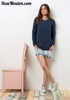 Découvrez tous les modèles de la nouvelle collection printemps été 2015 de LANG YARNS dans le dernier catalogue Lang Yarns Collection FAM 218 https://www.rosemouton.com/lang-yarns-catalogue-collection-fam-218-1691.html #langyarns #tricot #knit #knitting #coton #cotton #rosemouton #printemps2015 #ete2015 #spring2015 #summer2015