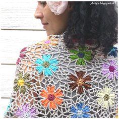Ravelry: Catona Flower Shawl pattern by Atty van Norel Shawl Crochet, Crochet Prayer Shawls, Crochet Shawls And Wraps, Crochet Quilt, Thread Crochet, Love Crochet, Crochet Scarves, Crochet Motif, Beautiful Crochet