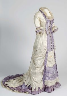 (Last updated on 22 December I fantasize about having a lavish historical wardrobe of clothing I like and that works with my figure. This is my dream historical wardrobe. 1880s Fashion, Edwardian Fashion, Vintage Fashion, Steampunk Fashion, Antique Clothing, Historical Clothing, Historical Dress, Old Dresses, Pretty Dresses