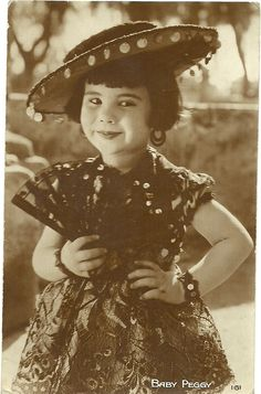 Baby Peggy, silent movie child star.French card.