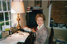 Phyllis Schlafly in her Alton, IL home.