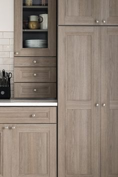 Look at the natural grain detail on the handsome Tipton Purestyle™ doors!