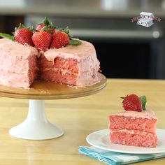 The best strawberry cake recipe ever! Made with fresh strawberries, cake mix, jello and ingredients you have in your pantry, this easy strawberry cake will be your new favorite summer dessert! Love me some Mama Seward's Strawberry Cake! Best Ever Strawberry Cake Recipe, Strawberry Desserts, Edgars Strawberry Cake Recipe, Strawberry Cupcake Recipe Using Cake Mix, Raspberry Jello Cake Recipe, Strawberry Margarita Cake Recipe, Gluten Free Strawberry Cake Recipe, Easy Strawberry Cake, Desserts With Strawberries