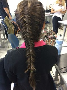 Gorgeous Inversed fishtail braid