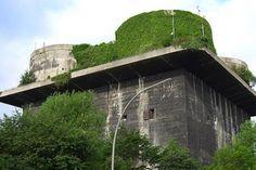 Hambourg: un bunker transformé en centrale à énergie verte