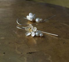 Modern bridal pearl earrings Mixed metal flower by ThePillowBook