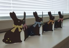 easter decoration Easter Food, Hoppy Easter, Easter Treats, Easter Decor, Easter Bunny, Holiday Decorations, Holiday Ideas, Silhouette Projects, Diy Projects To Try