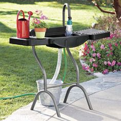 The best solution to building an outdoor sink - Outdoor Utility Sink, Portable Outdoor Sink Garden Sink, Garden Hose, Outside Living, Outdoor Living, Garden Projects, Garden Tools, Container Herb Garden, Outdoor Sinks, Utility Sink