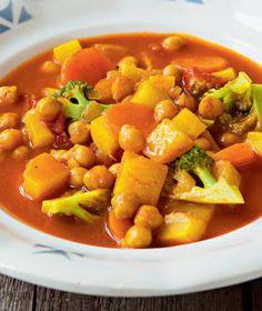 Lilek plněný kuskusem a kuřecím masem   Recepty na Prima Fresh Chana Masala, Fresh, Sweet, Ethnic Recipes, Food, Candy, Essen, Meals, Yemek