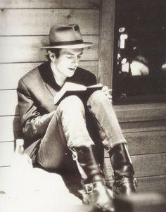 I really love this photo of Joe Strummer!