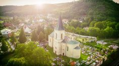 Kostel svatého Prokopa a Martina | FotoAparát.cz Some Pictures, Monument Valley, Landscapes, Nature, Travel, Photos, Paisajes, Scenery, Naturaleza