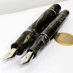 Bellissima penna stilografica Watermans risalente agli anni 30, laminata oro 18 k, pennino.