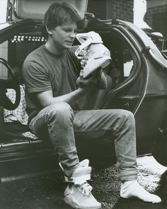"""Nike Mag 2011 """"Back to the Future"""" Sneakers"""