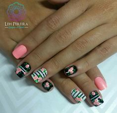 Nail Polish Style, Fingernail Designs, Nail Manicure, Manicures, Dipped Nails, Best Acrylic Nails, Hair Skin Nails, Flower Nail Art, Hot Nails