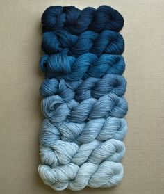 What a way to do an ombre project - several mini skeins in gradient colors - Genius!