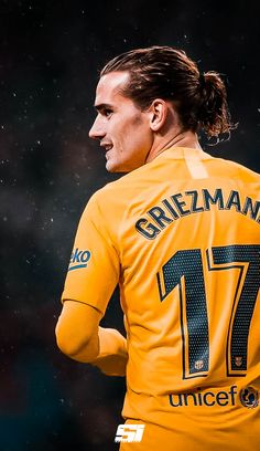 Fc Barcelona Players, Fcb Barcelona, Barcelona Soccer, Football Is Life, Football Boys, World Football, College Football, Antoine Griezmann, Barcelona