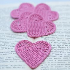 http://www.etsy.com/treasury/NjU4OTk0NnwyMDcwMzE5MTc3/i-give-you-my-heart?index=2785