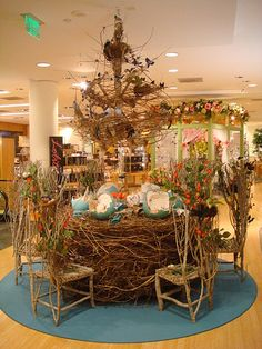 birds nest table and chairs from Macy's.especially the table and egg shell dishes. Fleur Design, Centerpieces, Table Decorations, Partys, Store Displays, Bloom, Visual Merchandising, Table And Chairs, Tablescapes