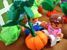 Step by step DIY felt Halloween pumpkin! | fairyfox