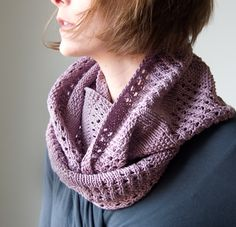 Tricksy Knitter - New Free Pattern: Canaletto Cowl for Spring. Spring?