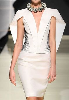 Gattinoni Fall 2010 Couture