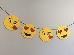 Banner de amor EMOJI / / corazón emojis, ojos, dormitorios decoración, día de San Valentín, aniversario, regalo de cumpleaños por oneoliver