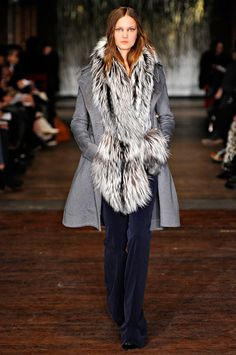 Altuzarra Fall 2012 RTW - Review - Collections - Vogue#/collection/runway/fall-2012-rtw/altuzarra/21
