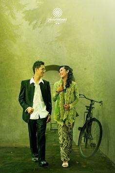 https://flic.kr/p/HqnXfF | Fitri & Mahyan #prewedding #photoshoot at #Vredeburg #Yogyakarta #preweddingphoto #preweddingphotoshoot by Mata Angin Creative | #prewed #prewedd #prewedding #prawed #prawedd #prawedding #fotoprewed #fotoprewedd #fotoprewedding #fotoprewedding #fotograferjogja #fotograferprewedding #prewedjogja #jogjapreloved #jogjaprewedding #preweddingjogja #preweddingyogyakarta #preweddingphoto #preweddingphotography #preweddingindonesia #preweddingphotoshoot…