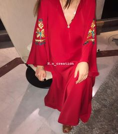 Casual Wear, Casual Dresses, Mode Abaya, Designer Punjabi Suits, Moroccan Caftan, Caftan Dress, Clothing Hacks, African Fashion, Vintage Fashion