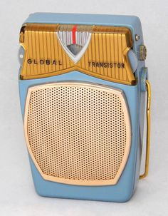https://flic.kr/p/MXBjR1 | Vintage Global Transistor Radio Model GR-711, AM Band Only, 6 Transistors, Reverse Paint, Made In Japan, Circa 1959 - 1962