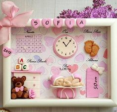 Bild Neugeborenes / Geburtsbild / Willkommenskind / Geburtsbogen / rosa Baby / hellblaues Baby / Zwillinge - Fai da te e hobby - Bilderrahmen Baby Crafts, Diy And Crafts, Paper Crafts, Moldes Para Baby Shower, Picture Frame Decor, Baby Frame, Baby Box, Baby Memories, Baby Keepsake