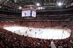 Verizon Center, home of the Washington Capitals and Washington Wizards. Here is Verizon Center in hockey setup. Verizon Center, Hockey News, Eastern Conference, Stanley Cup Playoffs, Washington Wizards, Washington Capitals, New York Rangers, Scp, Barn
