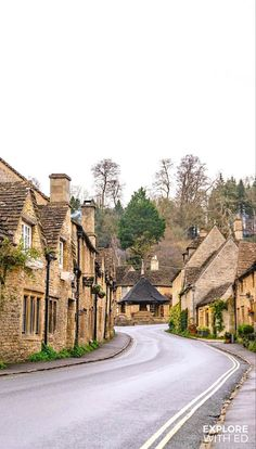 Culture Of England, Arlington Row, Cotswold Villages, Castle Combe, British Travel, Castles In England, Family Days Out, Picture Postcards, 10 Picture