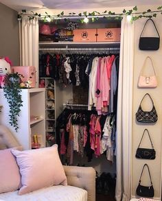 Indie Bedroom, Indie Room Decor, Cute Bedroom Decor, Aesthetic Room Decor, Room Ideas Bedroom, Bedroom Wall, Design Diy, Pretty Room, Room Planning