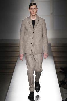 Ecco uno dei modelli della collezione autunno inverno 2014-2015 presentato a Milano Moda Uomo da Jil Sander