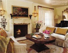 Los Angeles Home of Carol & Roy Lott.  Interior Design Sue Balmforth of Bountiful Traditional Home Oct 2003